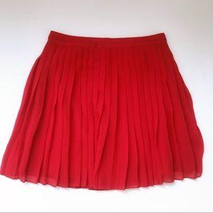 LOFT flowy, pleated mini skirt, size 2